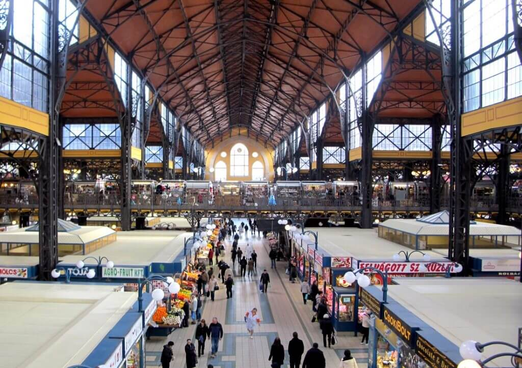 Budapeşte Tarihi Pazar Yeri: Central Market Hall