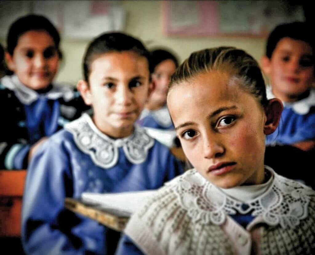 Afşin Binboğa Köyü'nde okulda çocuklar...